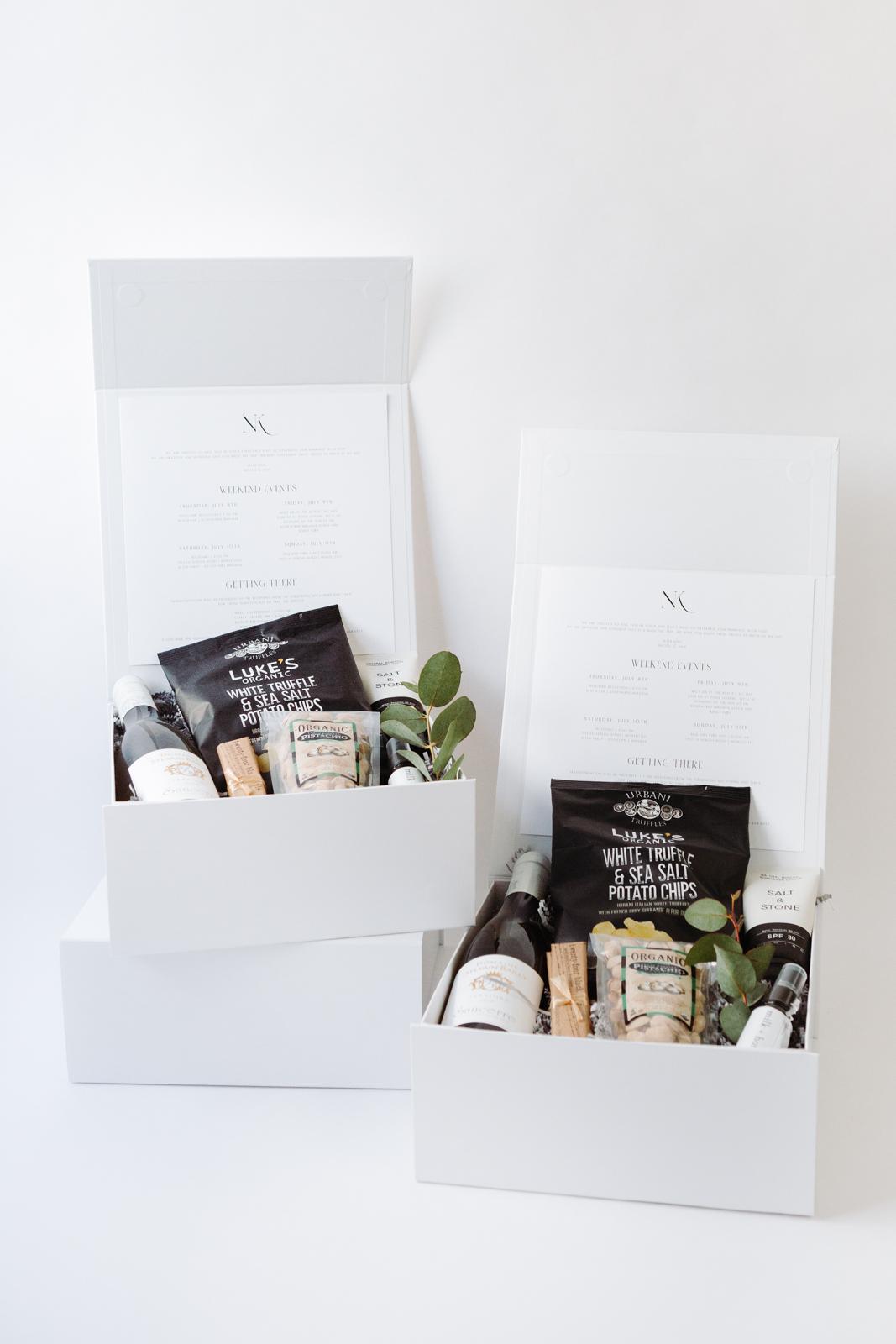 Minimalist and elegant wedding welcome gift | Rosewood Miramar | Photo Danielle Motif